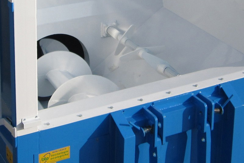 Screw (Roll On/Off Or Stationary) Compactors